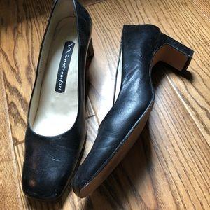 Shoes size 9 Nina comfort